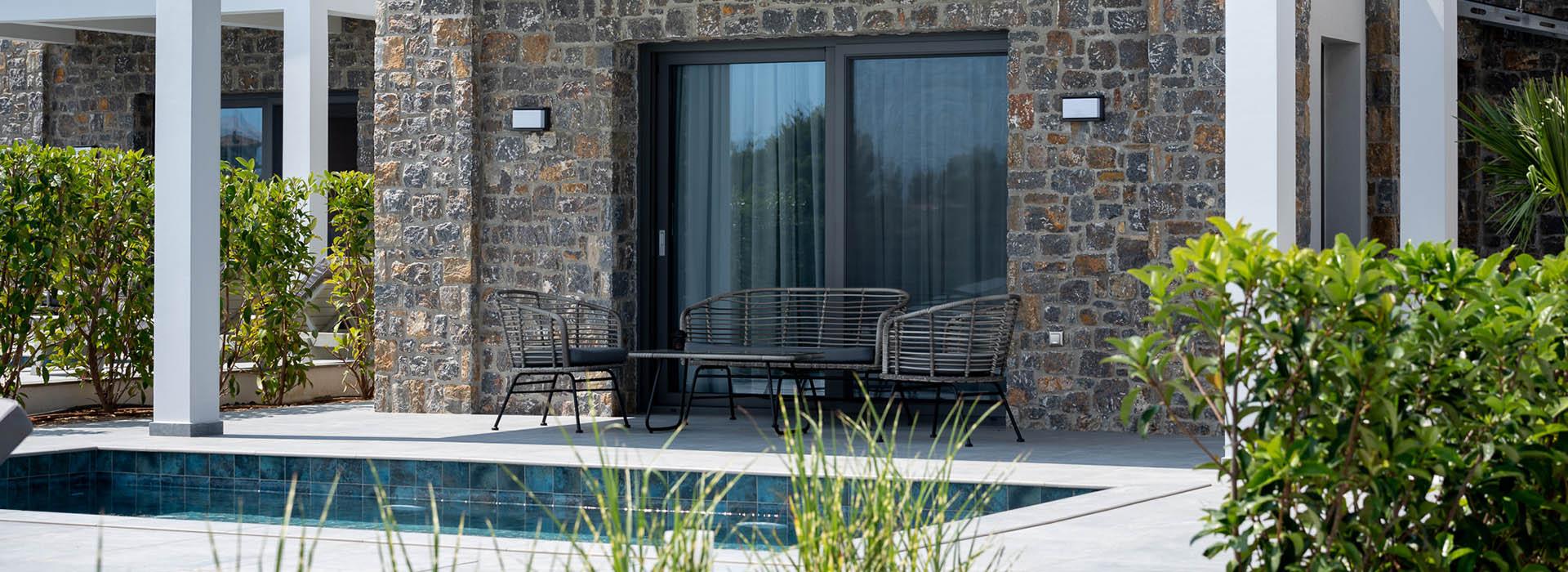 βιλες με ιδιωτικη πισινα χαλκιδικη - Terra Olivia Luxury Villas & Suites